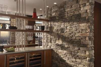 Кухня из декоративного камня, фото