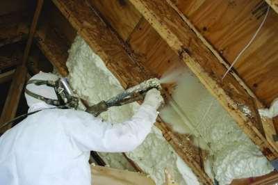 пенополиуретан, нанесение на потолок