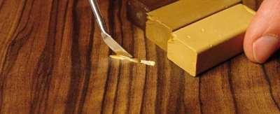 Пятна и царапины на мебели, методы их устранения