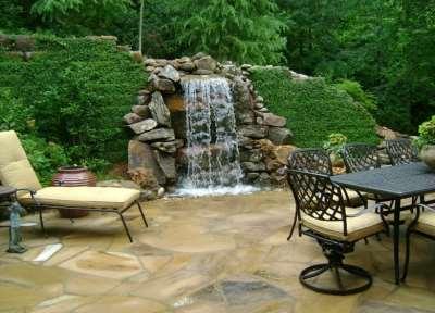 водопад в зоне отдыха