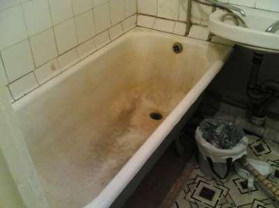 Требуется реставрация старой ванны, фото