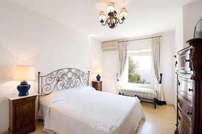 Всем желающим оформить спальню в итальянском стиле