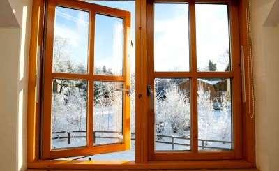 Главные достоинства современных деревянных окон