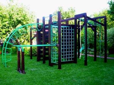 Спортивная детская площадка для дачи – разнообразный отдых на природе
