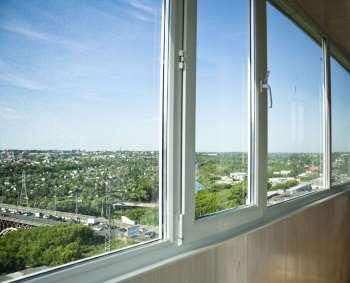 Простые и доступные советы по самостоятельному остеклению балкона