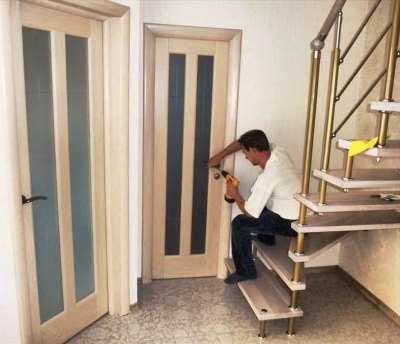 Установка дверей – сложный процесс который требует особой подготовки