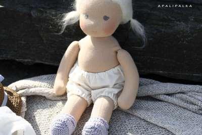 Оригинальная вальдфорская кукла становится все популярнее у детей
