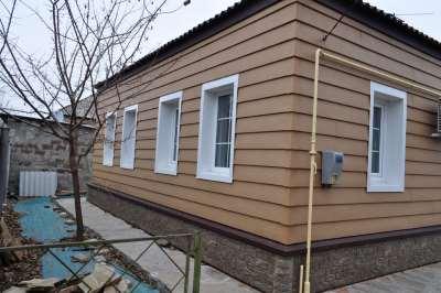Материал для отделки фасада: акриловый сайдинг