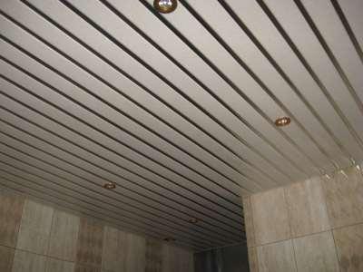 Выбор оттенка реечного потолка
