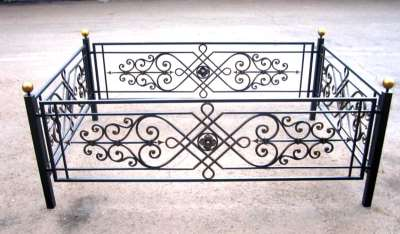 Услуги окраски оградки сегодня достаточно востребована