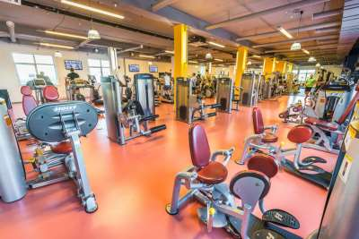 SportTown – лучший фитнес-клуб в Москве для всей семьи