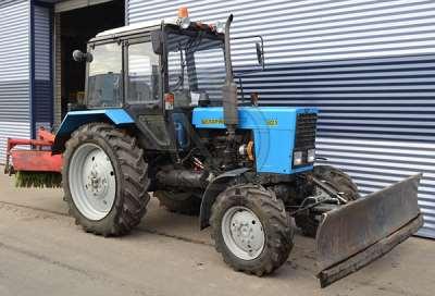 Почему арендовать трактор выгодно