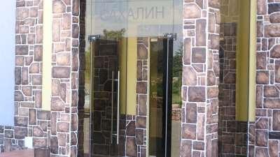 Стеклянные двери в любом исполнении