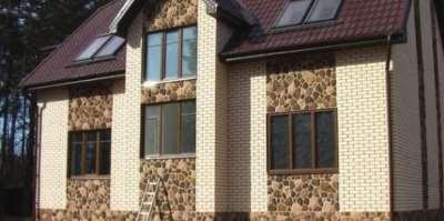 Причины популярности облицовки дома фасадными панелями