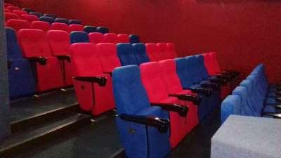 Важность приобретения качественных кресел для театров и кинотеатров