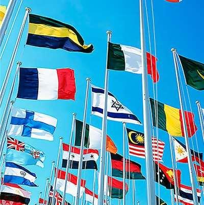 Тонкости изготовления рекламных флагов