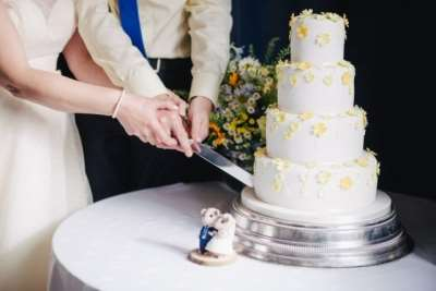 Как заказать вкусный свадебный торт в Санкт-Петербурге?