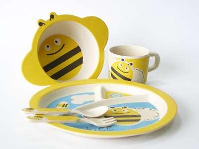 Детская эко-посуда – отличная альтернатива изделиям из фарфора и стекла