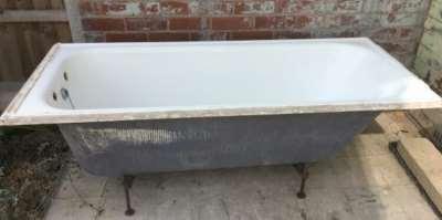 Как организовать вывоз старой чугунной ванны целиком