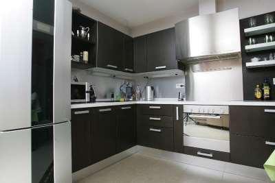 «Кухни Да» — индивидуальный выпуск качественных кухонных гарнитуров