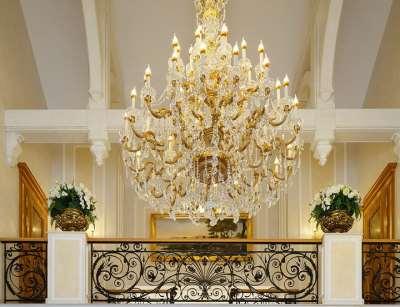 Покупка люстры для гостиной