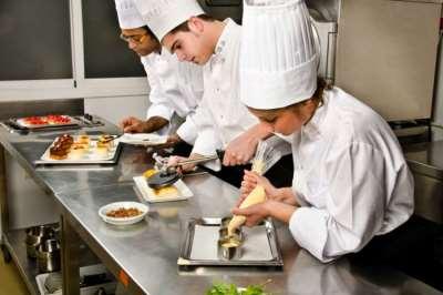 Работа в ресторане: какие навыки будут полезны?