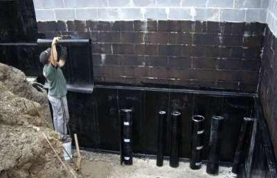 Какими способами проводится гидроизоляция здания?