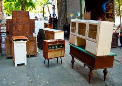 Вывоз старой мебели – подводные камни и особенности