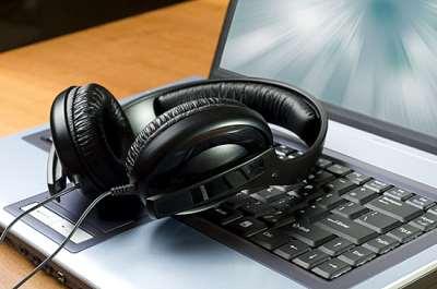 Музыка онлайн – узбекские хиты 2020